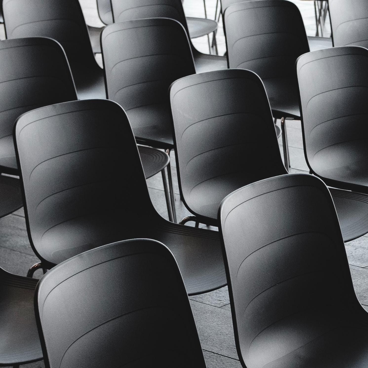 Capital Humano, Transformación, Formación y Coaching - Ofrecemos Formación, Coaching, comportamiento organizacional, mejora de competencias directivas y transformación tanto cultural enfocada desde área de RRHH como digital con orientación a nuevos modelos de negocio. Todo enfocado a lograr que los profesionales de tu empresa se alineen con la estrategia definida de manera natural y atractiva.Desarrollamos Estudios Salariales adhoc para las empresas que nos lo solicitan, así como Estudios de Remuneración por sector y posiciones.
