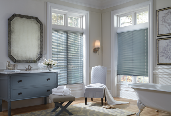 2014_MPM_Standard Cordlock_Aluminum Blinds_Bathroom.png
