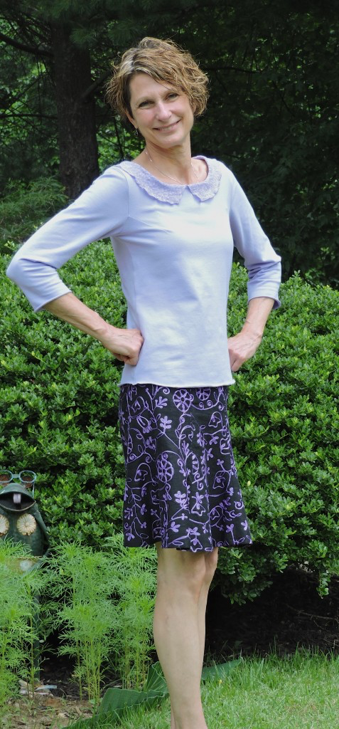 I wouldn't want the skirt any shorter, so I lengthened the pattern, shown above.