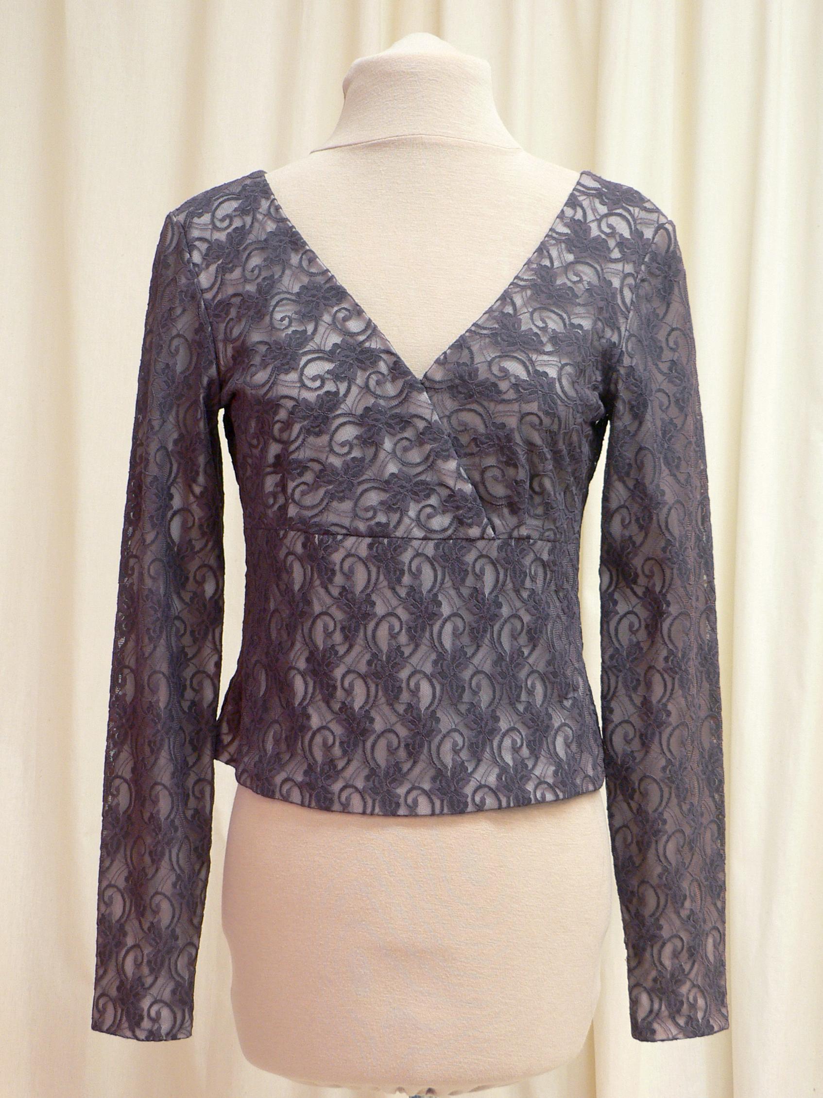 blouse02_front.jpg