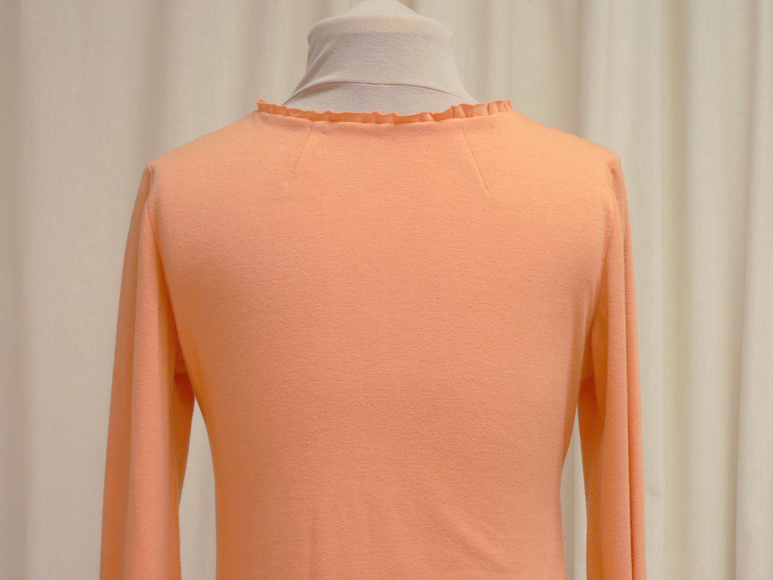 blouse_o3_back_detail.jpg