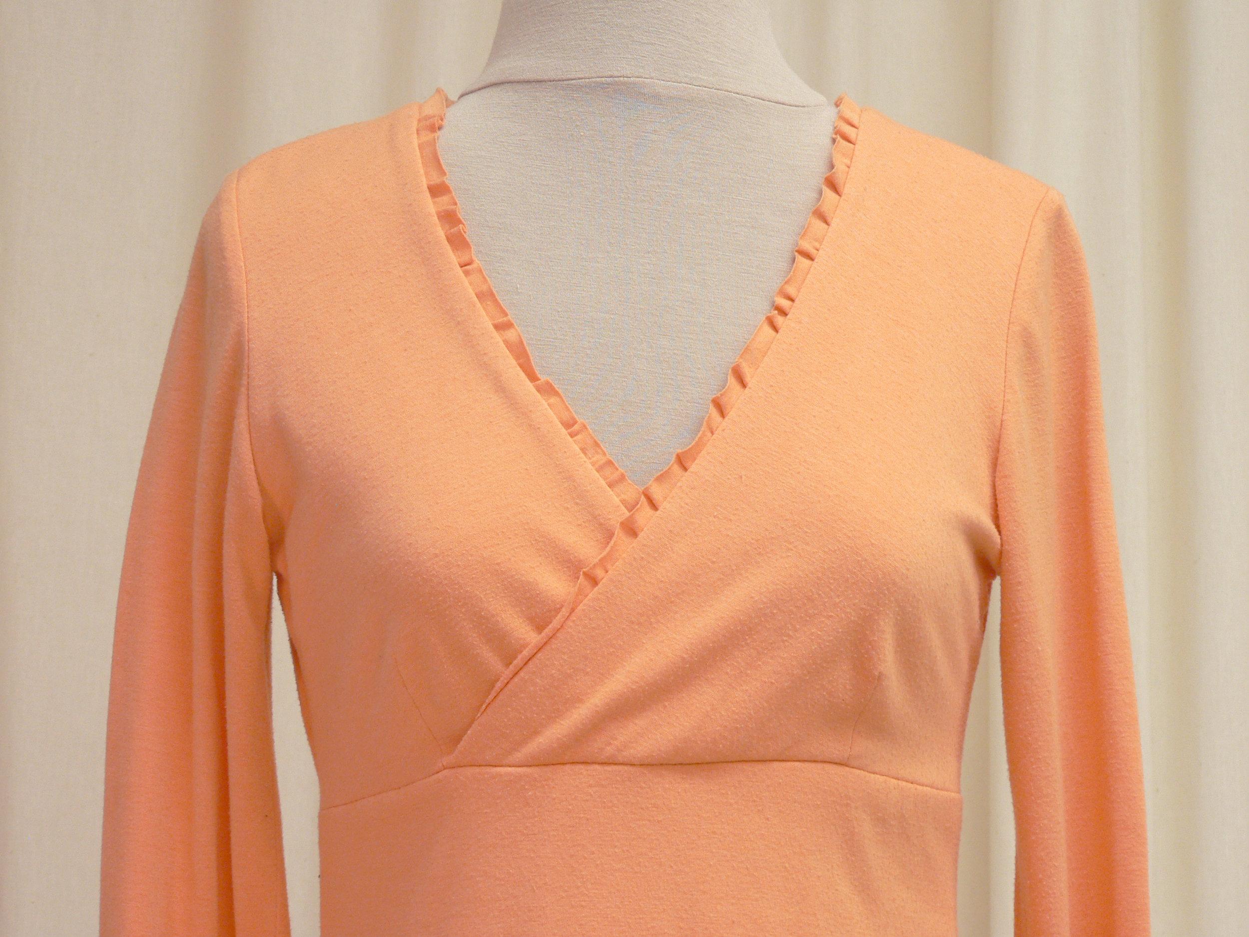 blouse03_front_detail.jpg