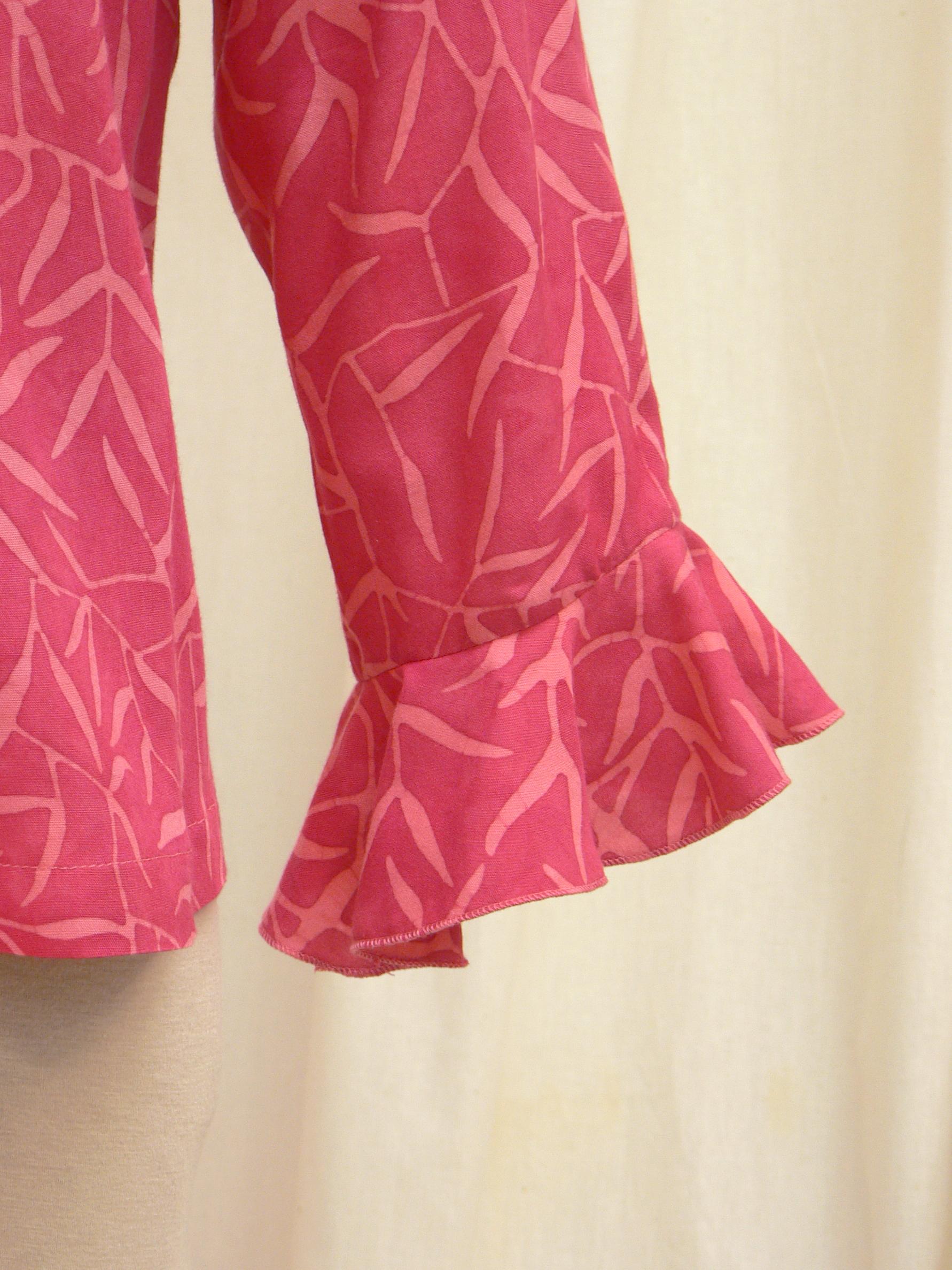blouse06_cuff_detail2.jpg