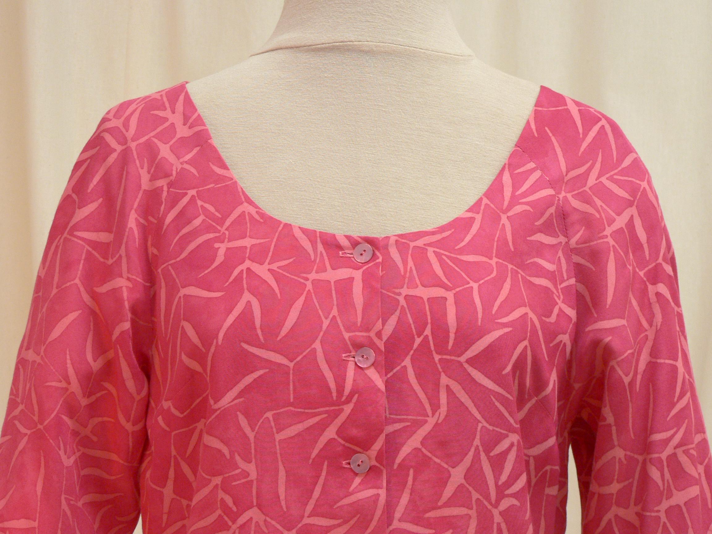 blouse06_front_detail.jpg