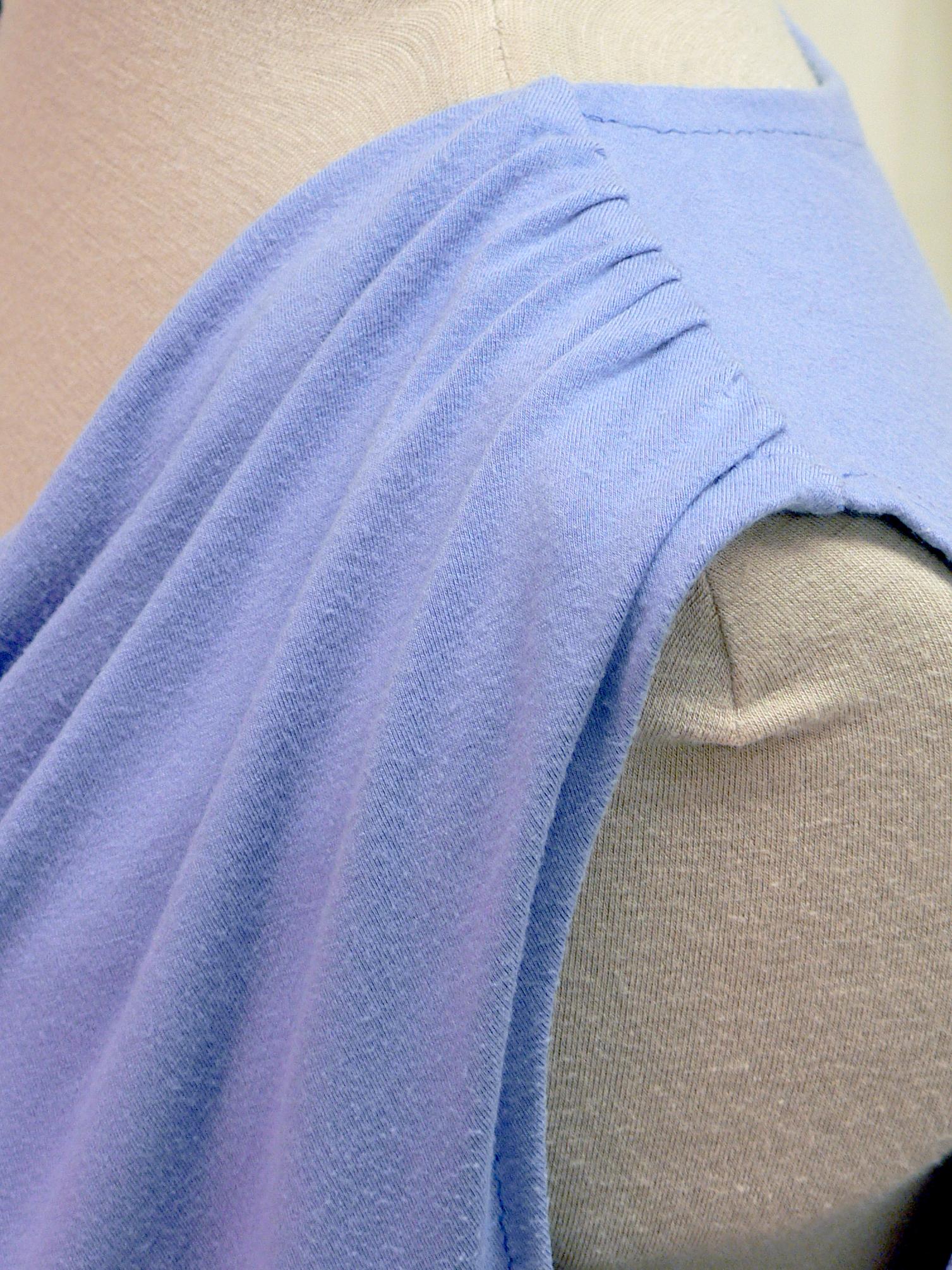 blouse09_shoulder_detail.jpg