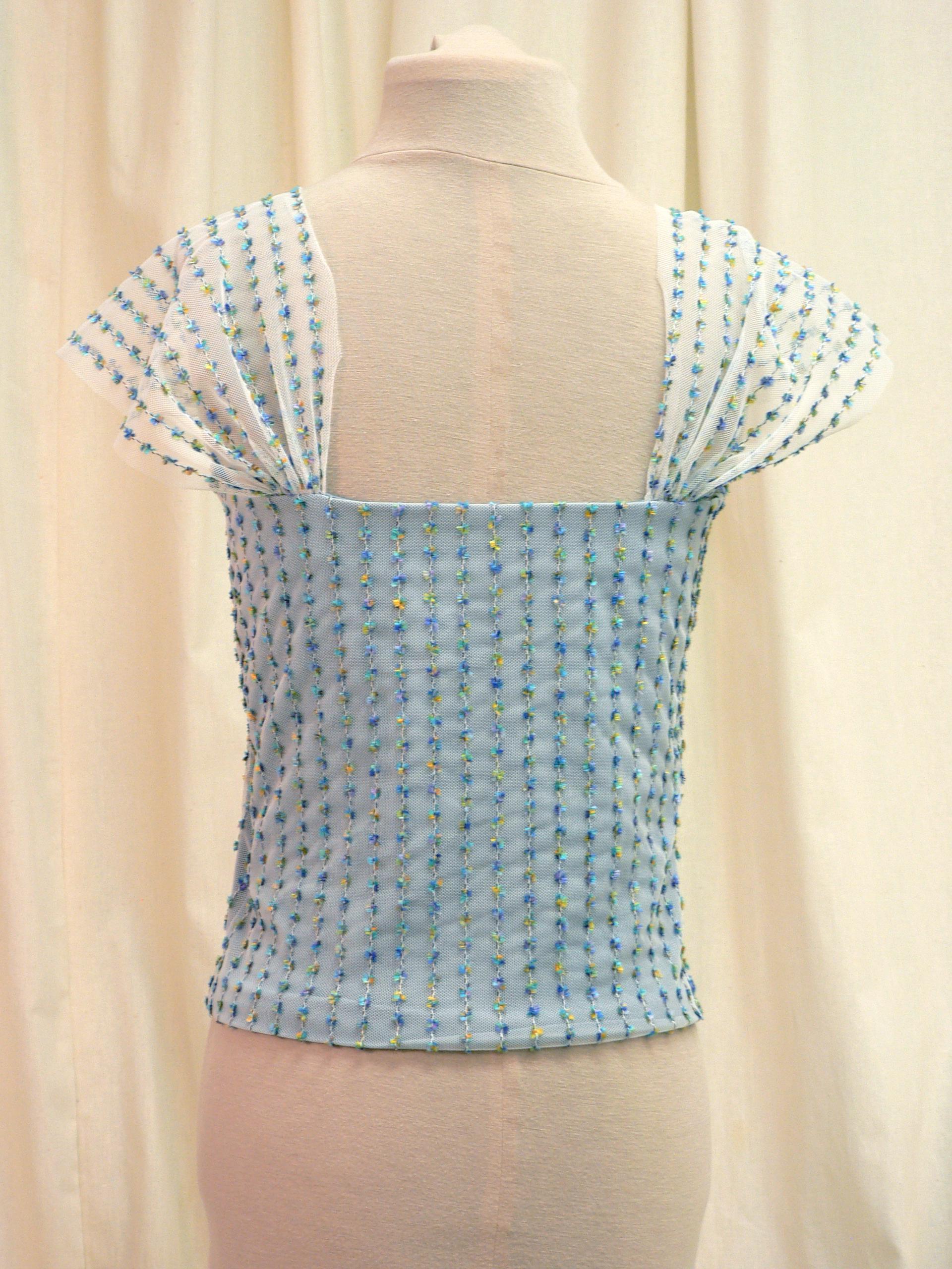 blouse11_back1.jpg