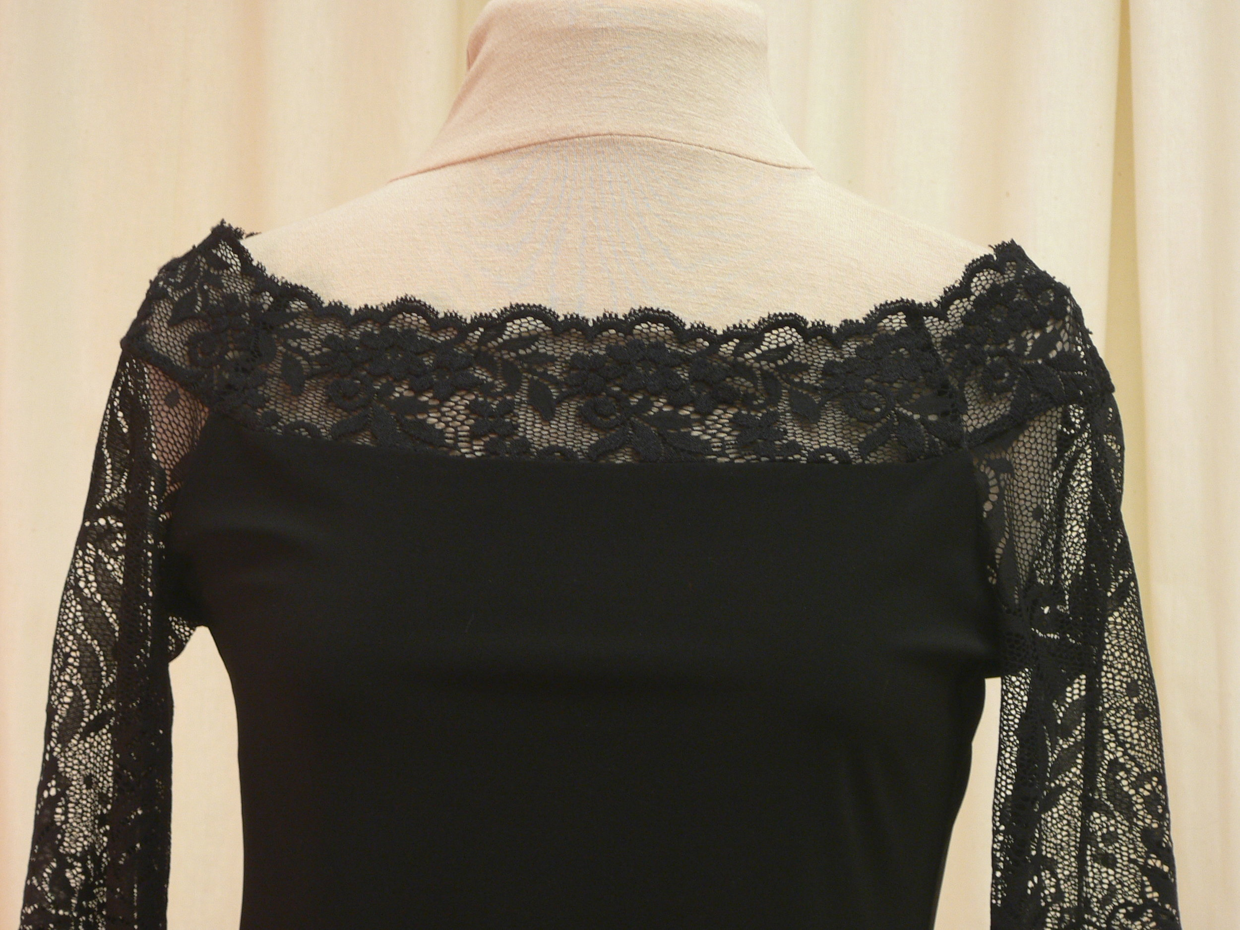 blouse14_front_detail.JPG