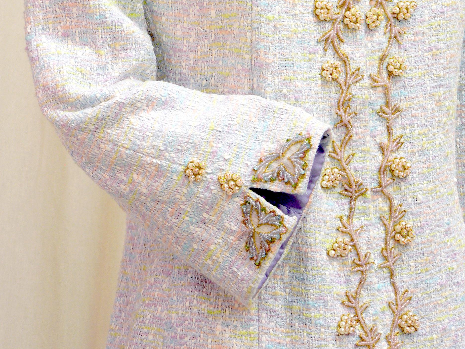 jacket10_cuff_detail.jpg