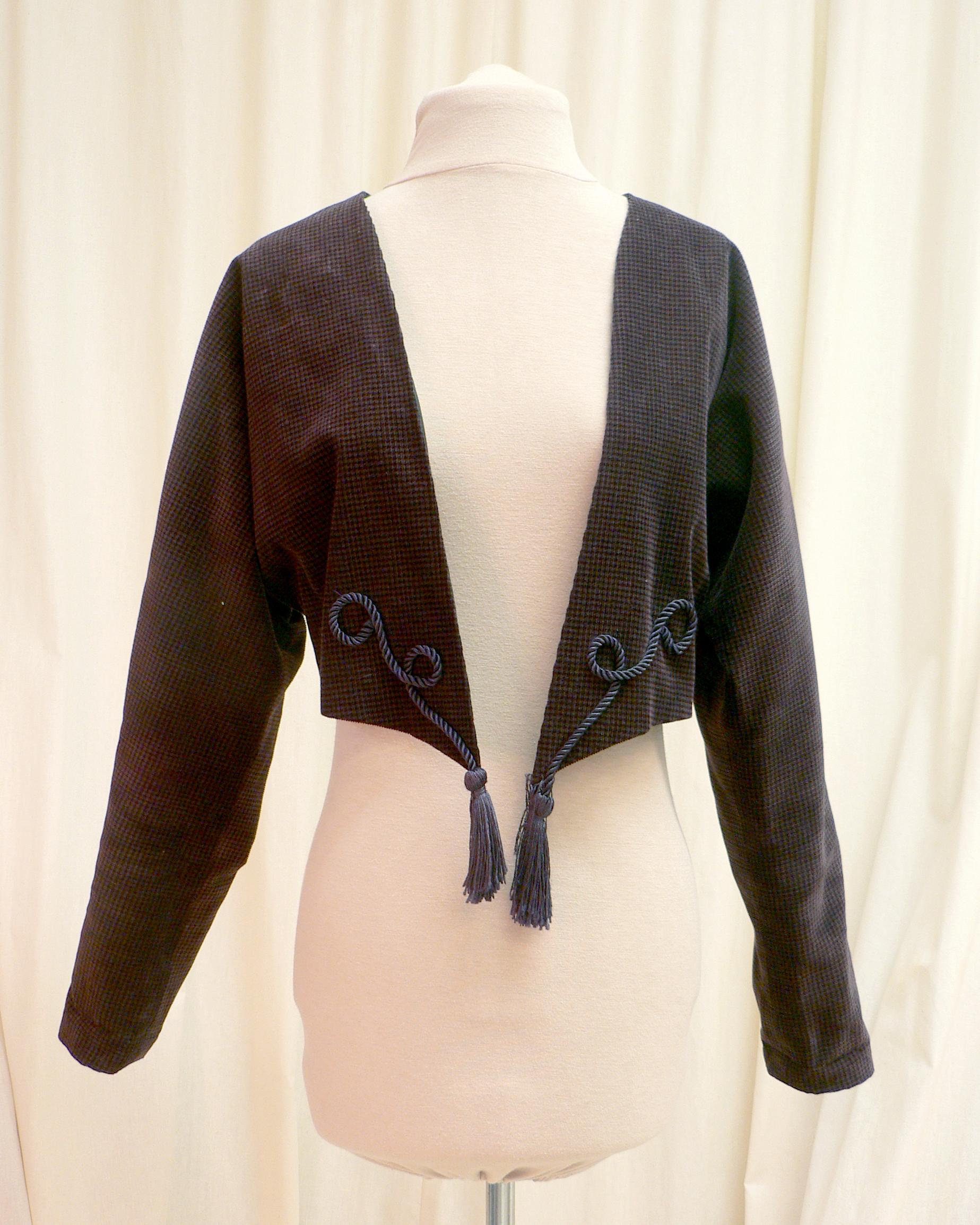 jacket16_front.jpg