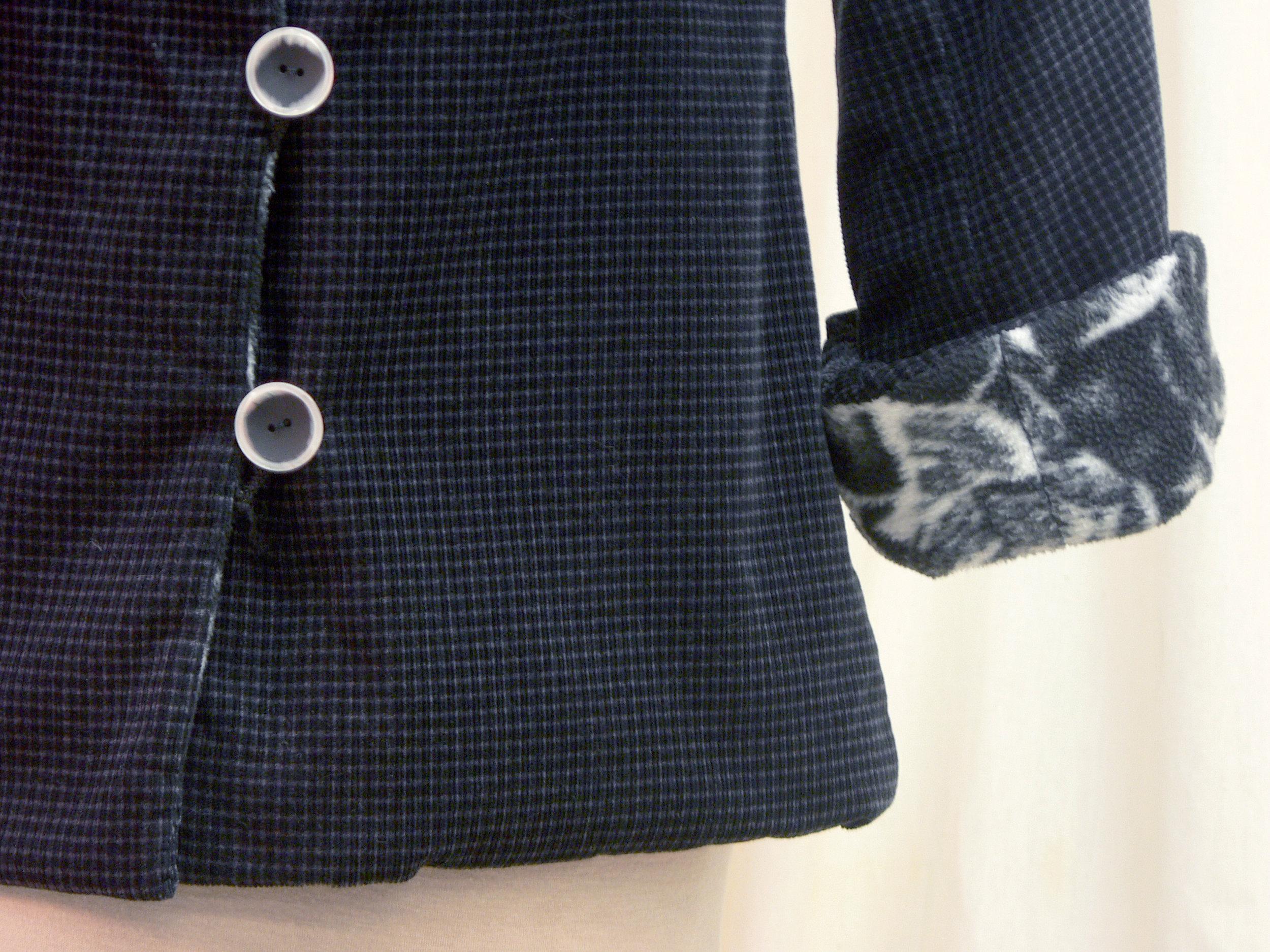 jacket21_detail_front2.jpg