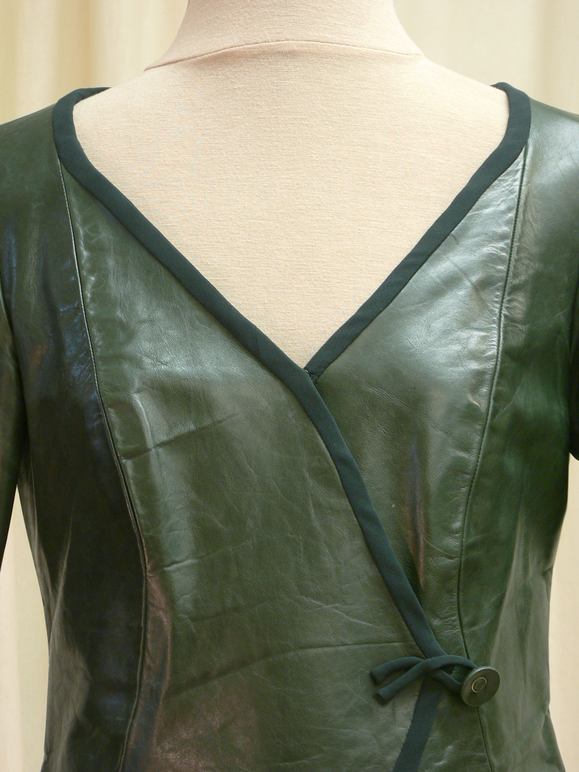 ensemble07_front_detail2.jpg