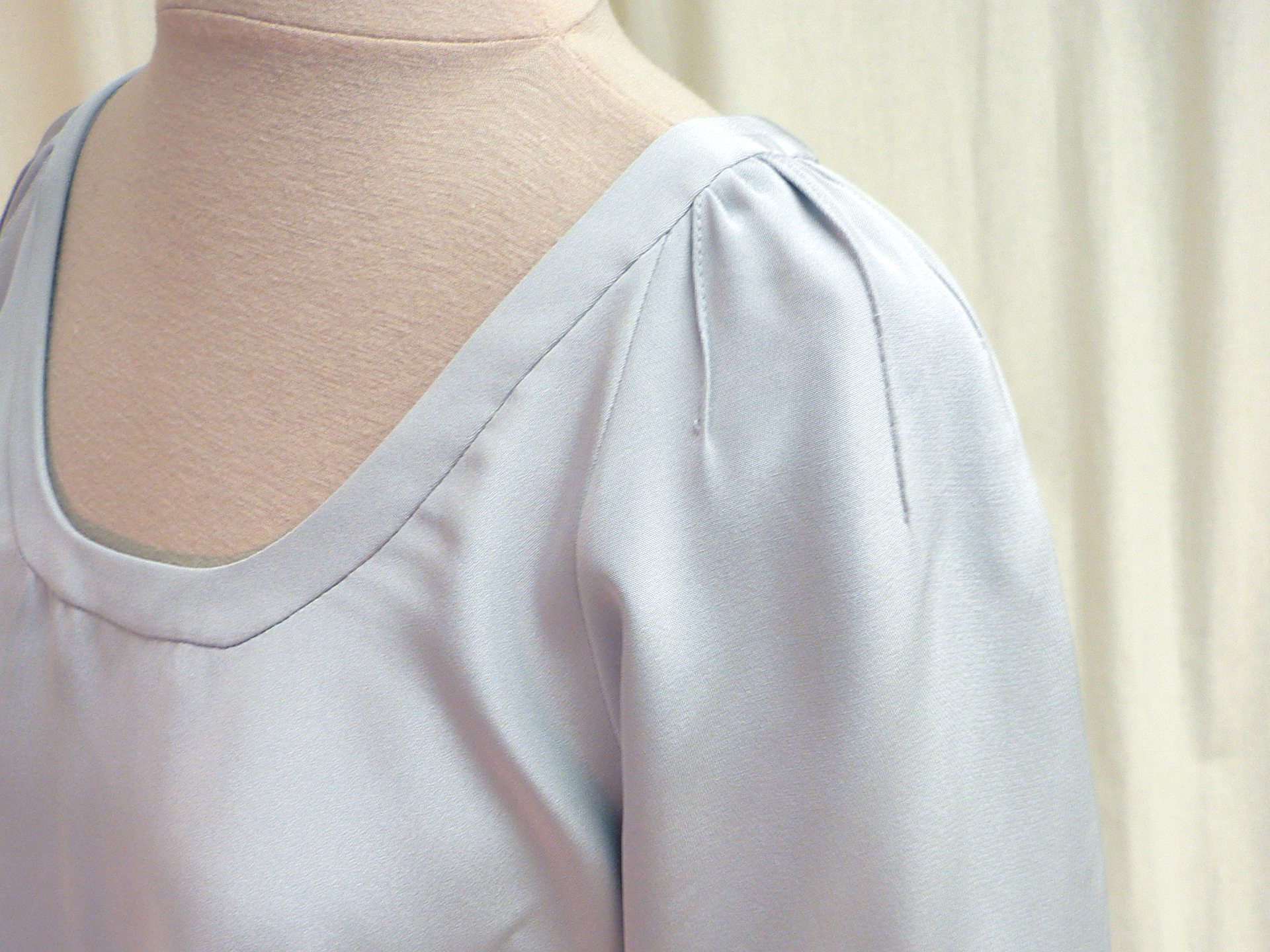 ensemble13_sleeve_detail1.jpg