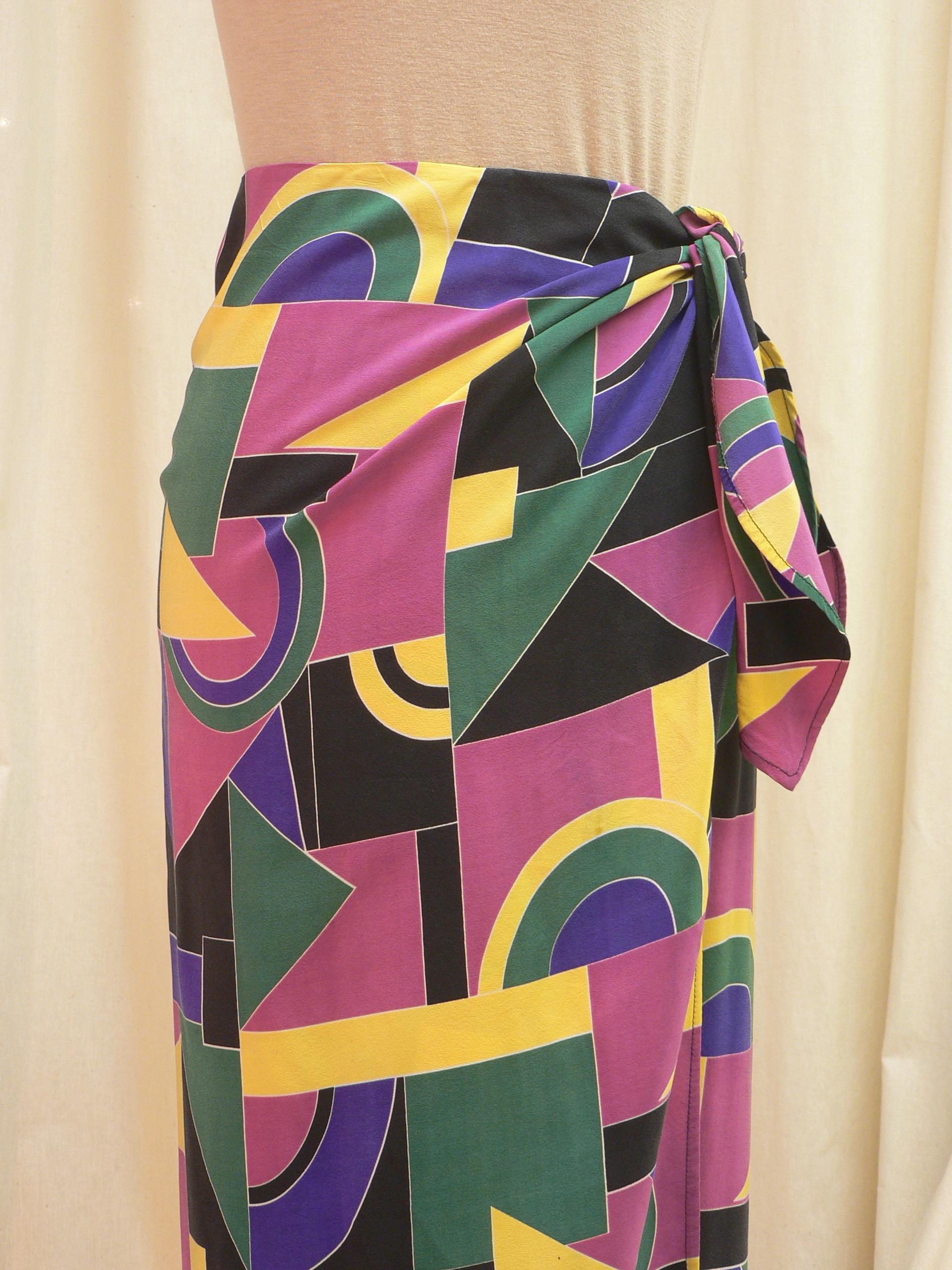 skirt02_front_detail.JPG