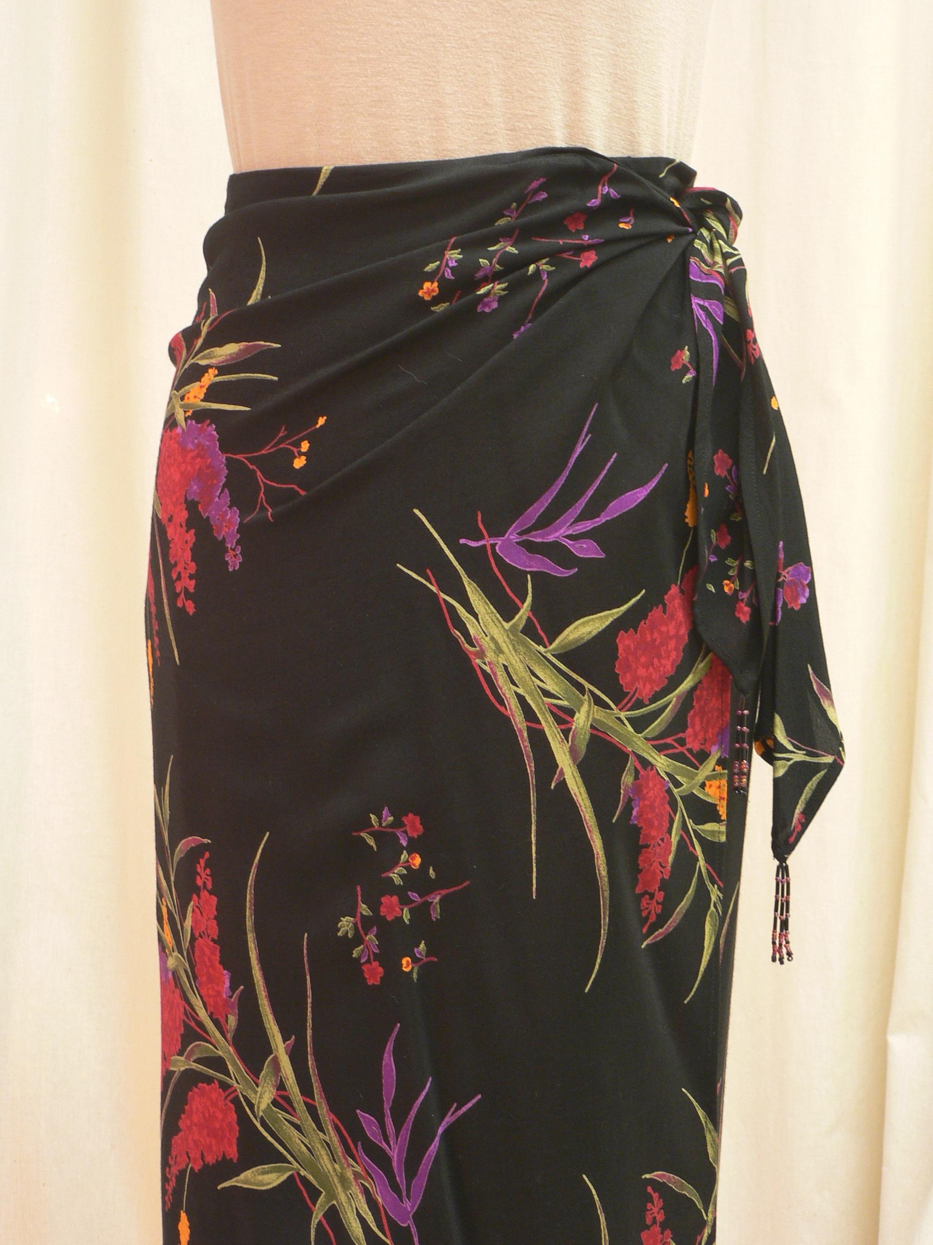 skirt03_front_detail.JPG