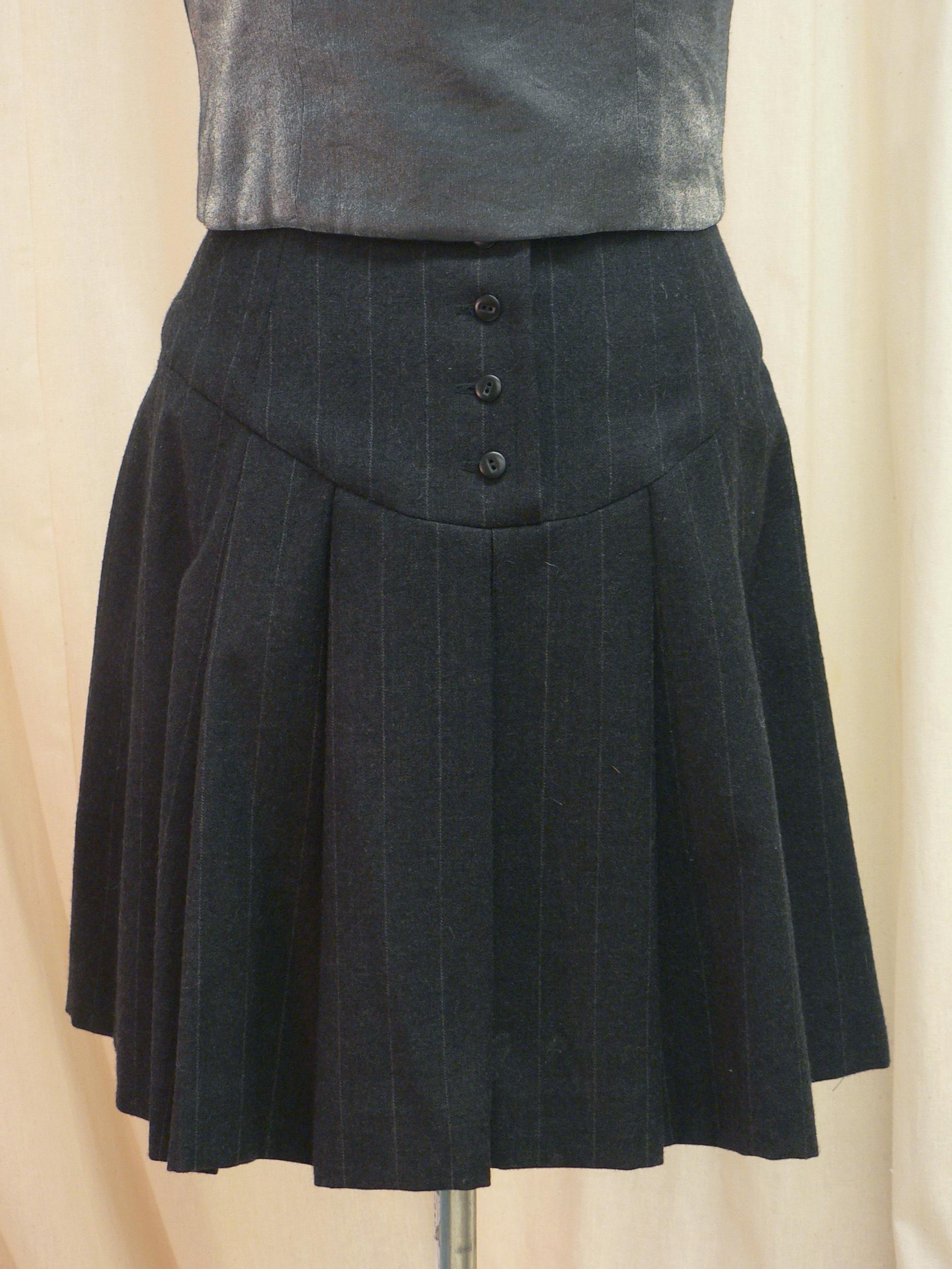 ensemble14_skirt_back_detail.jpg