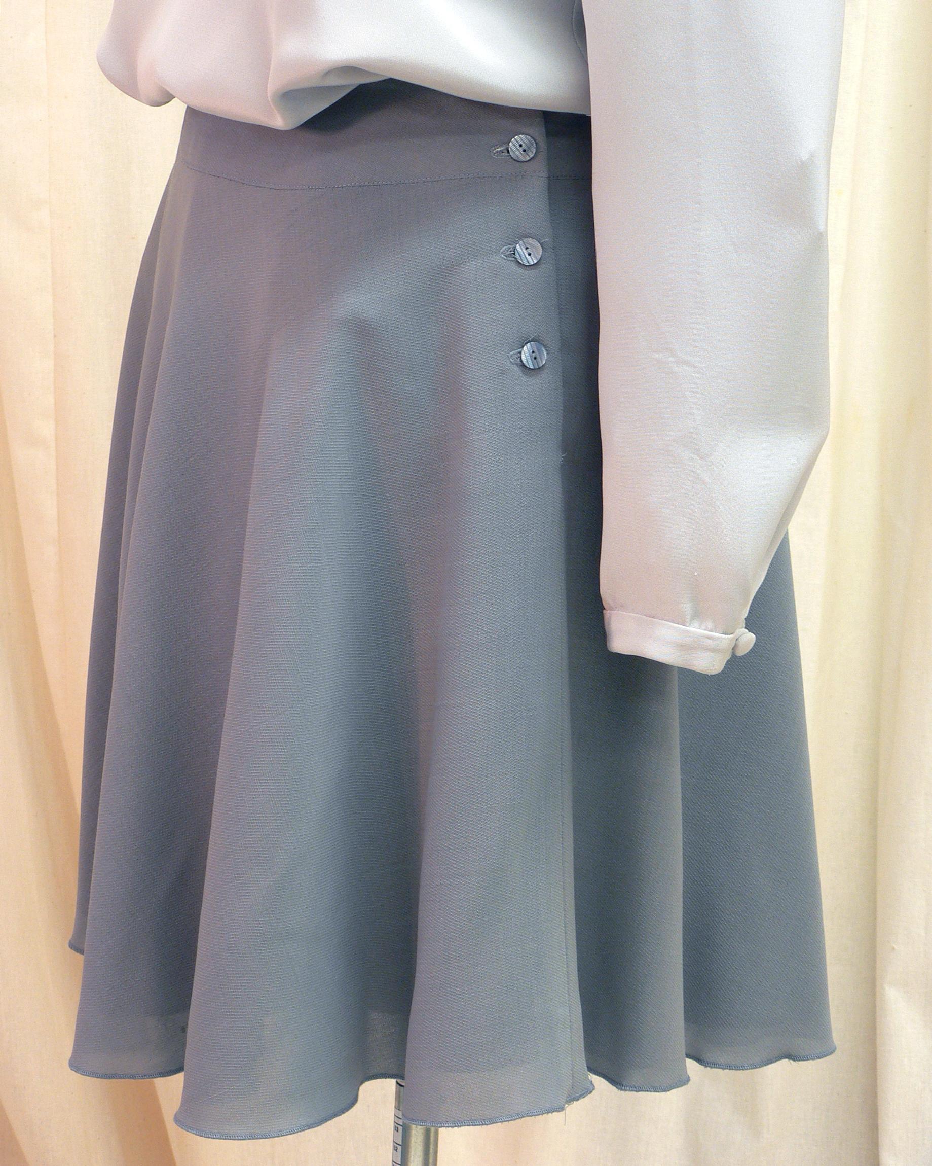 ensemble13_side_skirt_detail.jpg