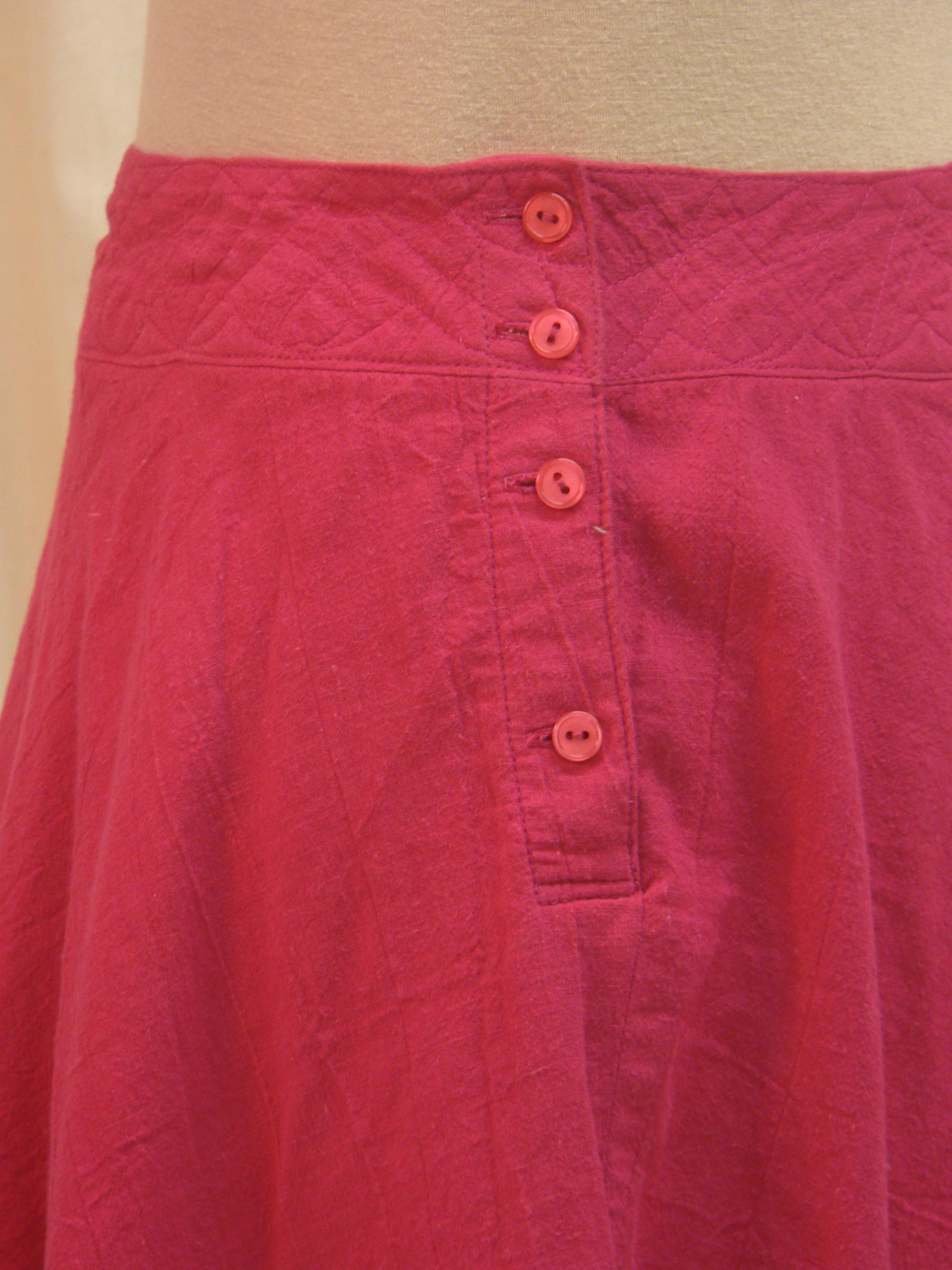 skirt09_detail_side.JPG