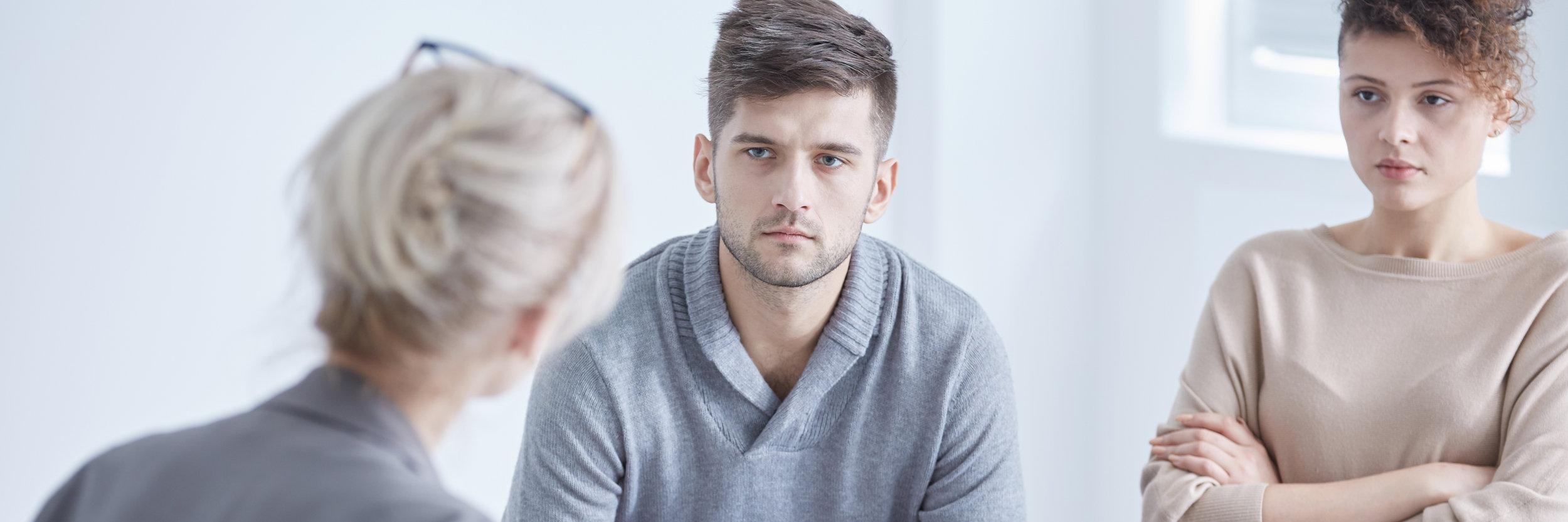 relationship-psychologist-mediating-young-PYQXTBQ.jpg