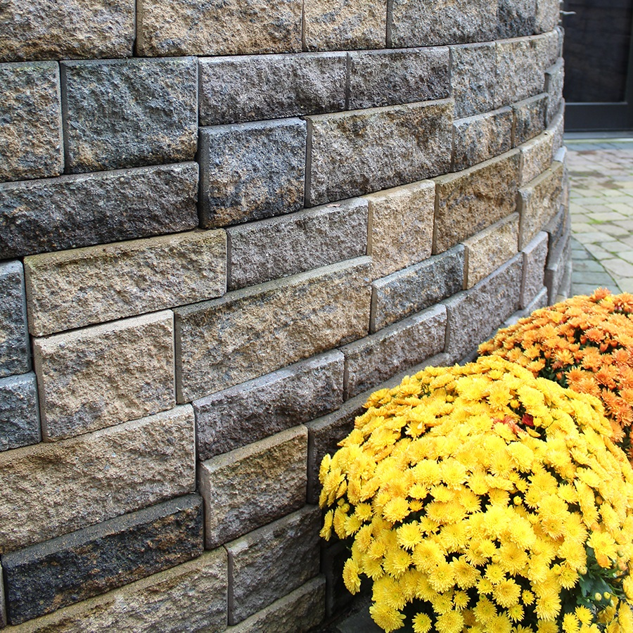 WALLS - Increase the uses for your outdoor living area with a freestanding wall, or build a retaining wall to increase your useable space.