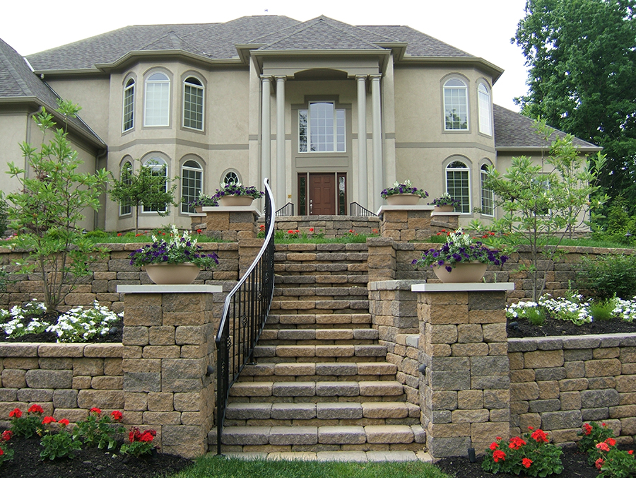 Steps-&-Stairways-Replacement-bottom-right-Flagstone-Blend201904110077_web.jpg