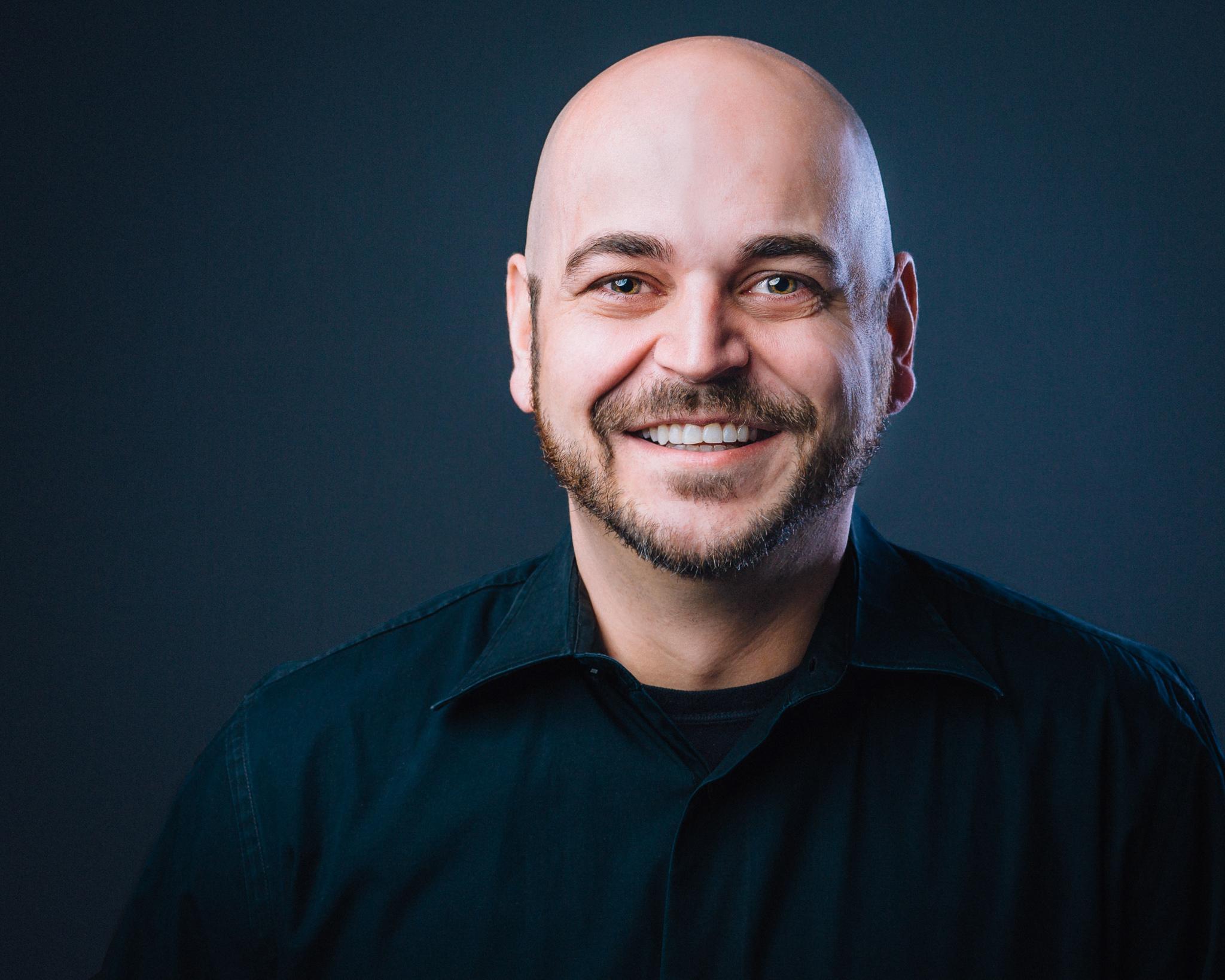 Dan Hooper, Jr.   Lead Pastor