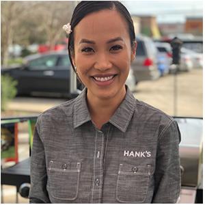 Amanda Vu - Owner of Hank's Crawfish