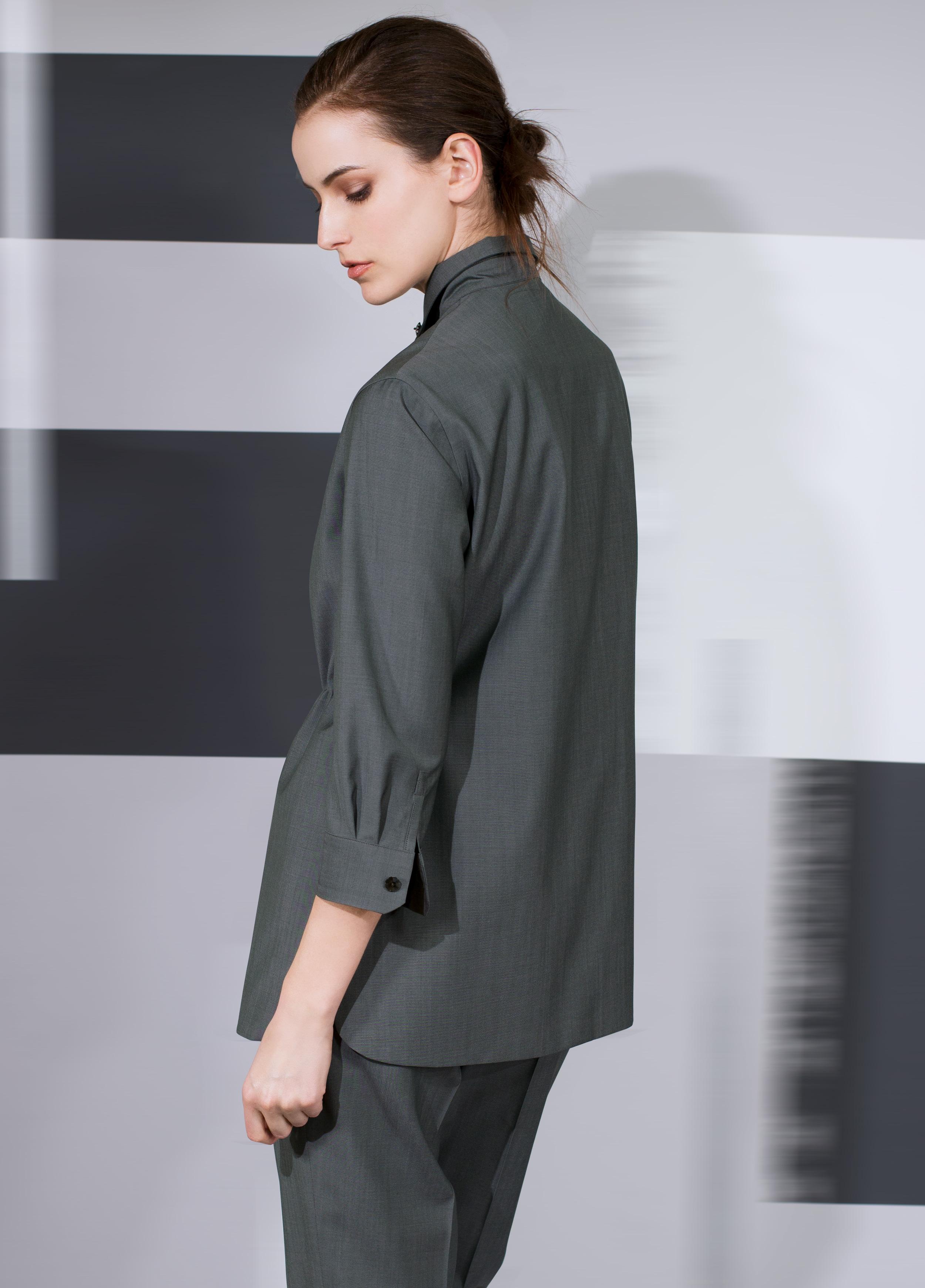 women's-Italian-suit .jpg