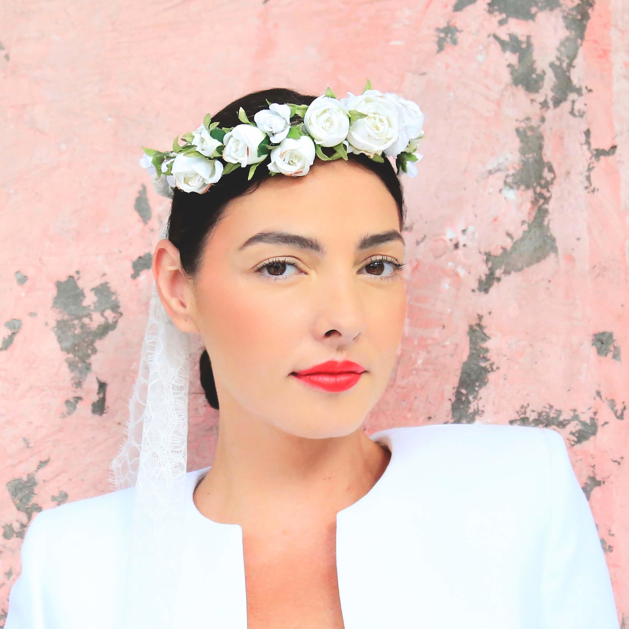 AVIGNON flower crown with lace ties