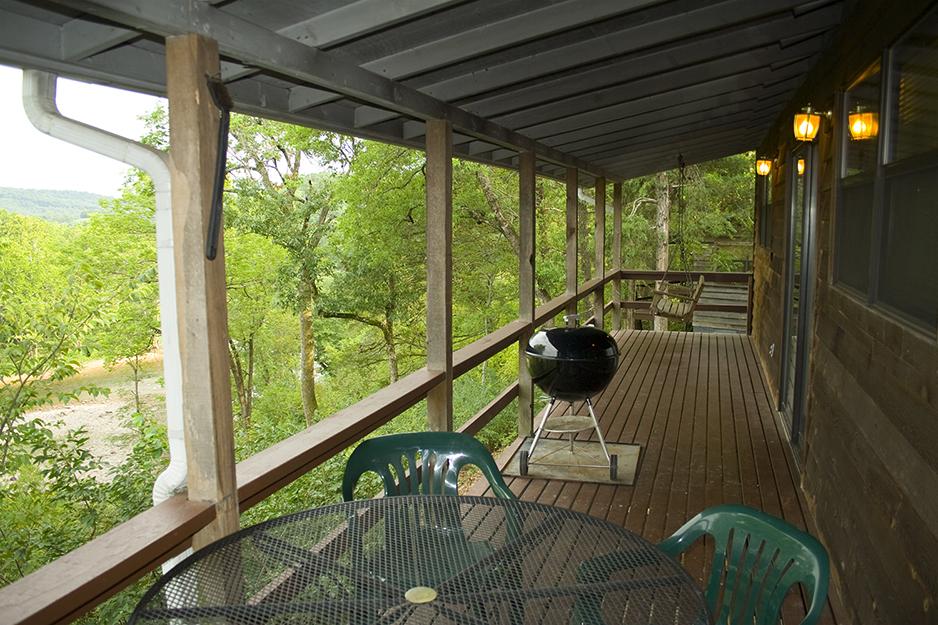 Cabin 3 deck.jpg