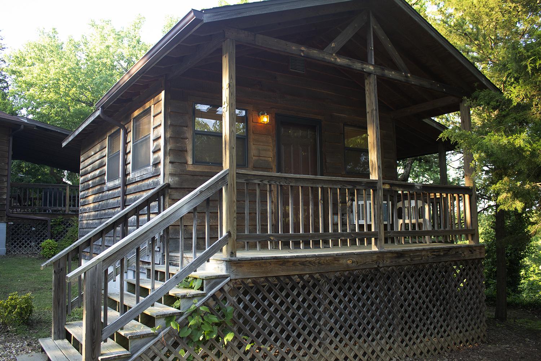 Cabin 4 front.jpg