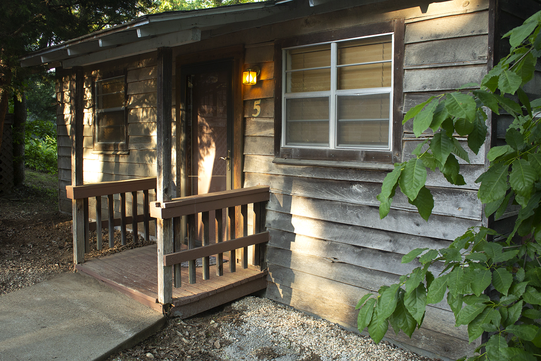 Cabin 5 front.jpg