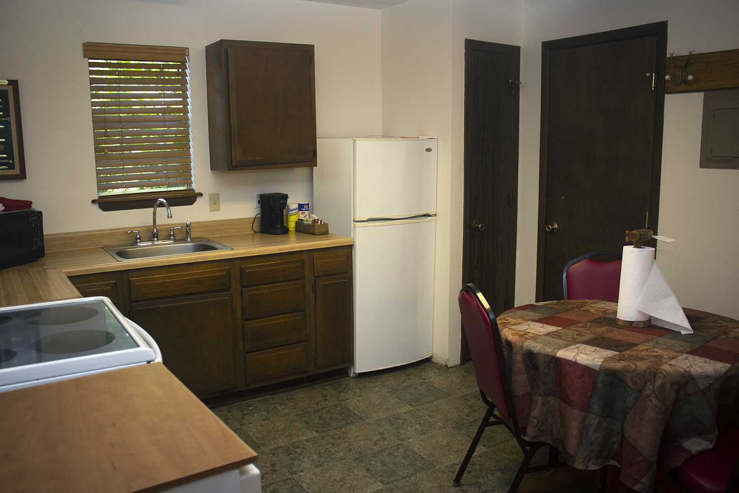 Cabin 8 kitchen.jpg