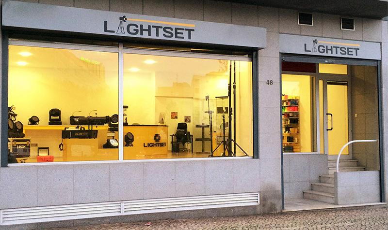 lightset lisboa.jpg