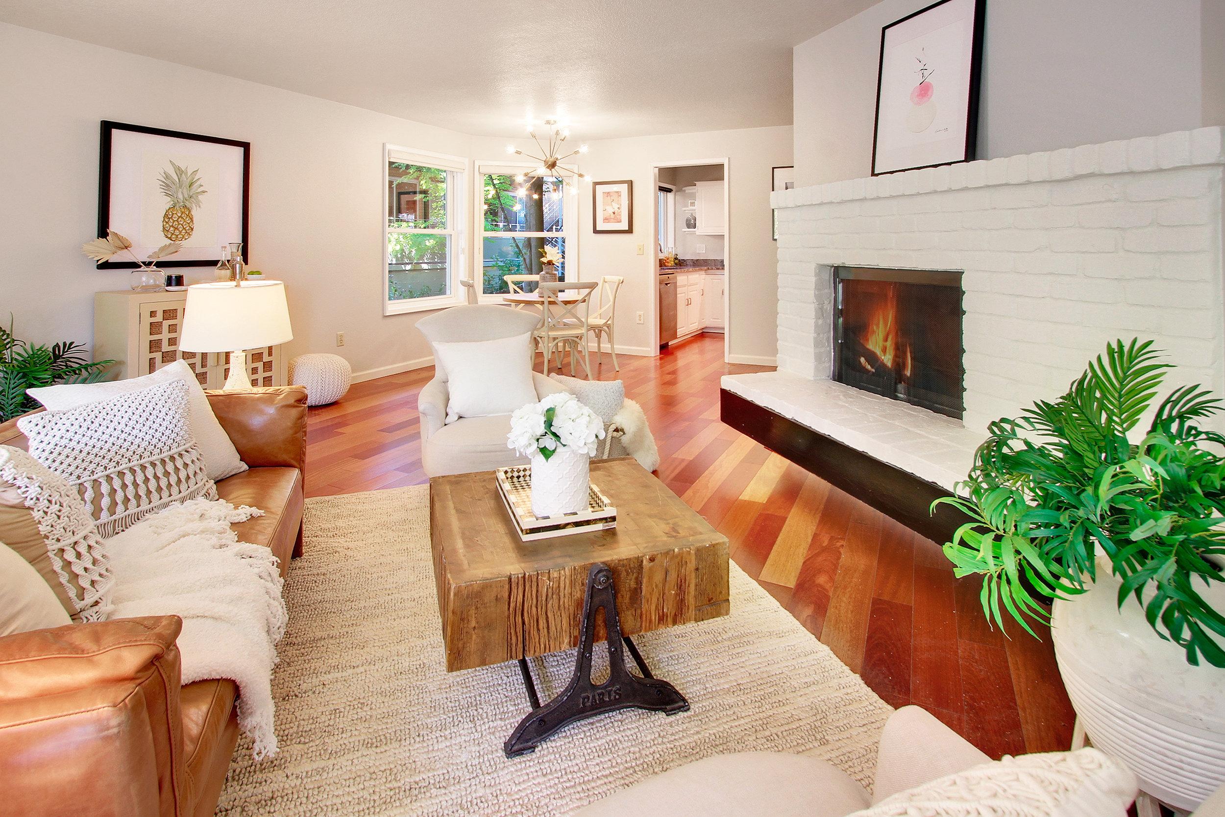 Capitol Hill 2 Bedroom Condo