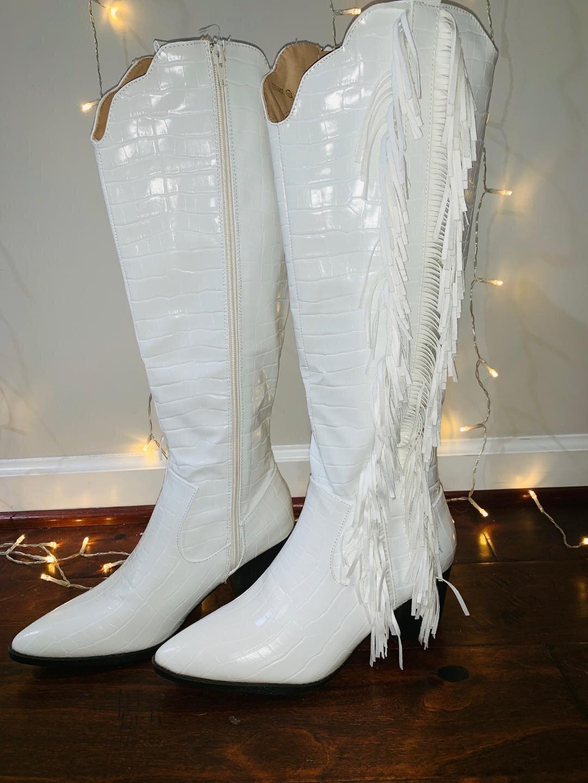 Shania Twain White Fringe Cowgirl Boots