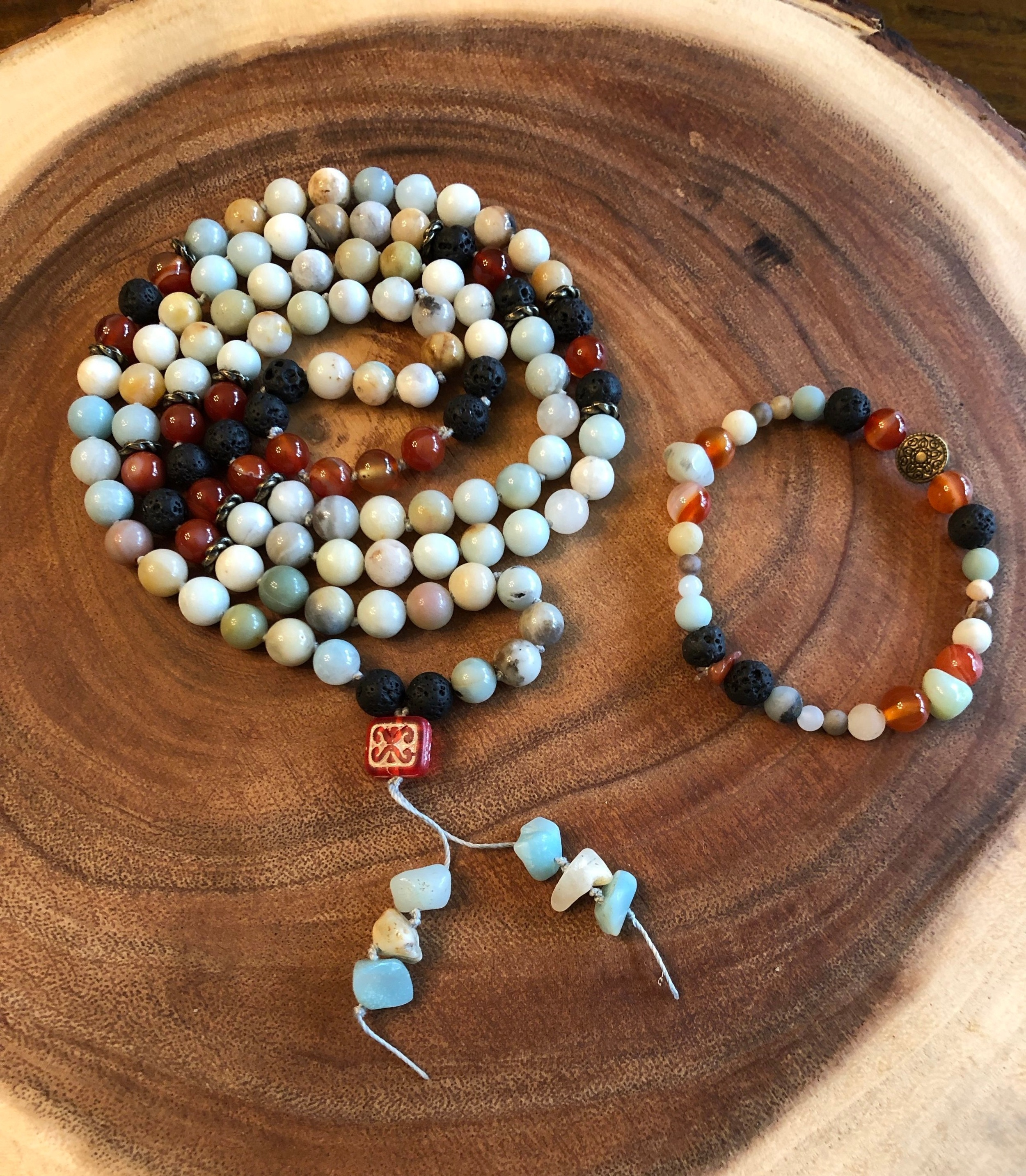 ♡ Amazonite - courage & truth ♡  ♡ Lava - strength ♡  ♡ Agate - harmony & balance ♡