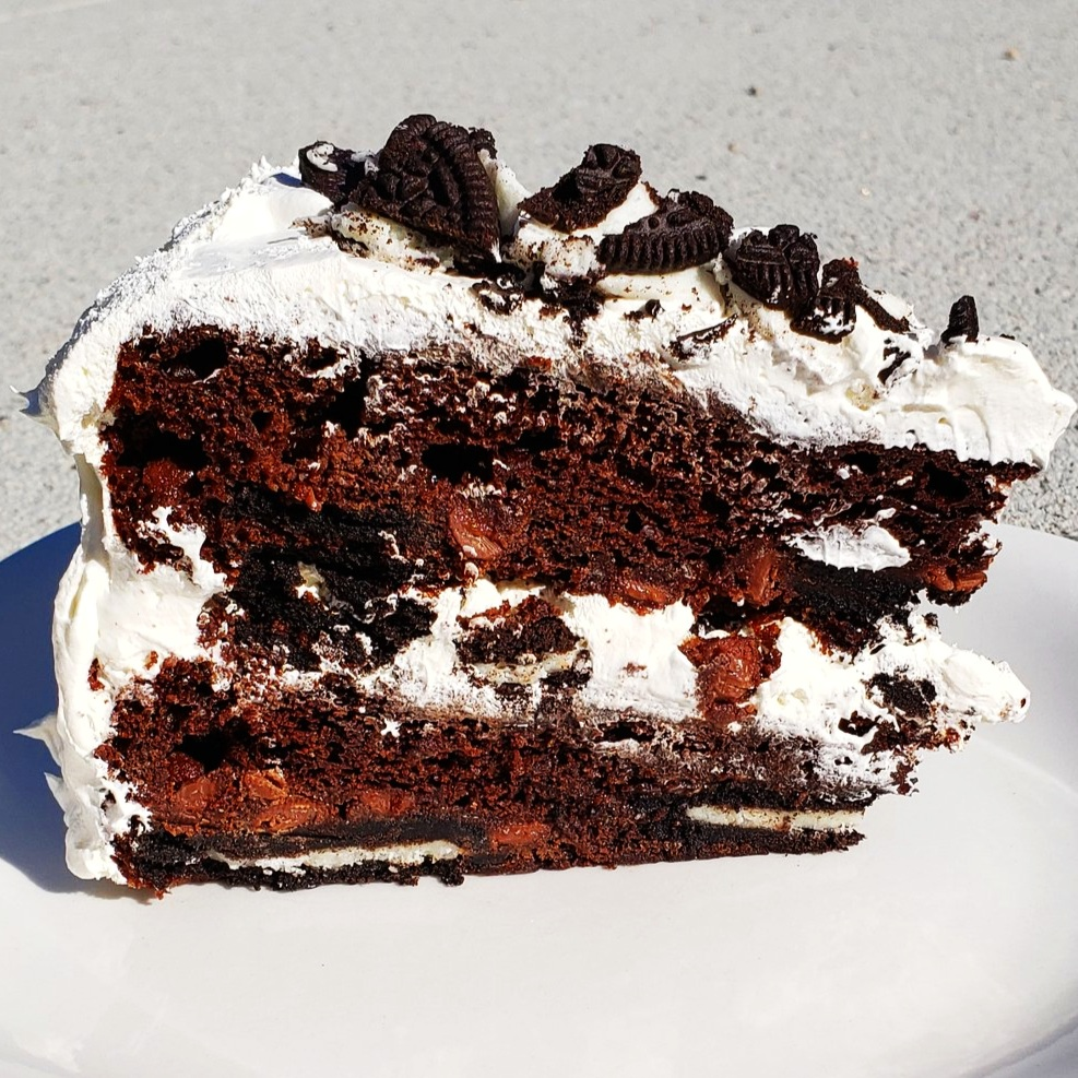 Easy Chocolate Oreo Dessert