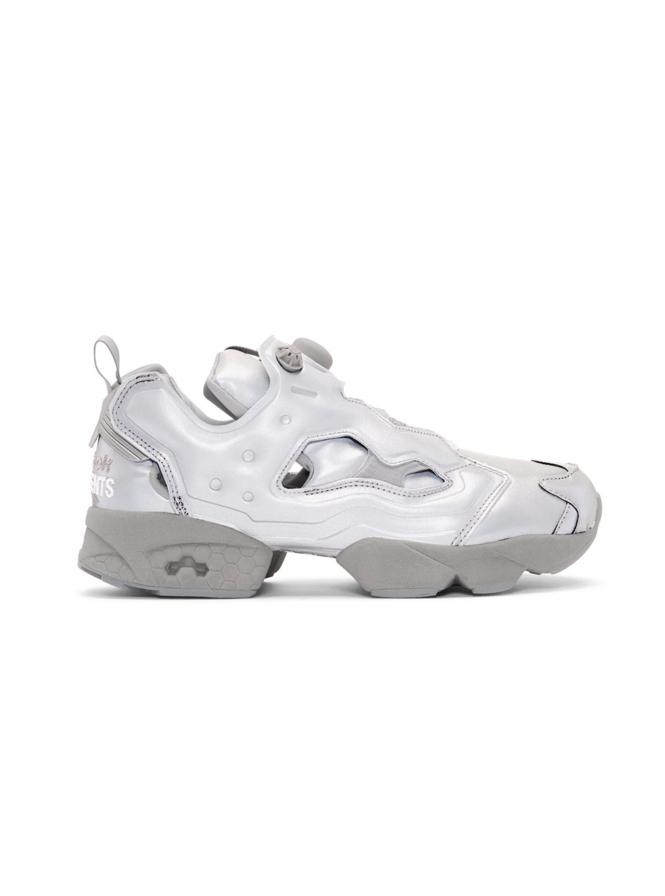 △ Vetements Grey Reebok Edition Reflective Instapump Fury Sneakers  US$467(~HK$3,642)