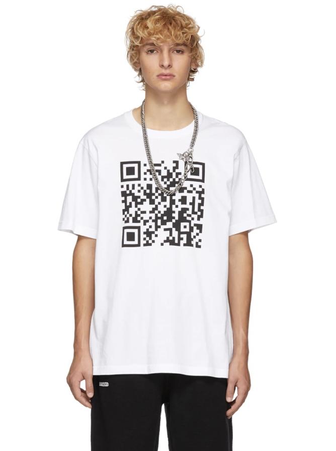 △ Vetements White QR Code T-Shirt  US$122 (~HK$951)