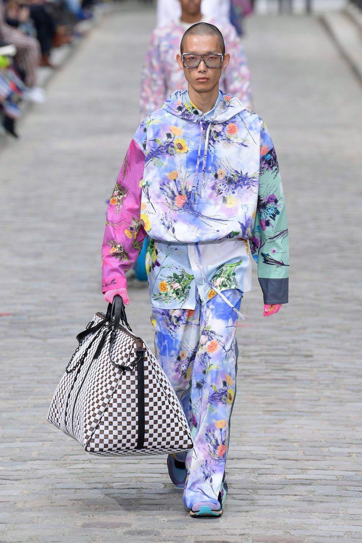 https___hypebeast.com_image_2019_06_louis-vuitton-men-spring-summer-2020-paris-fashion-week-runway-show-14.jpg