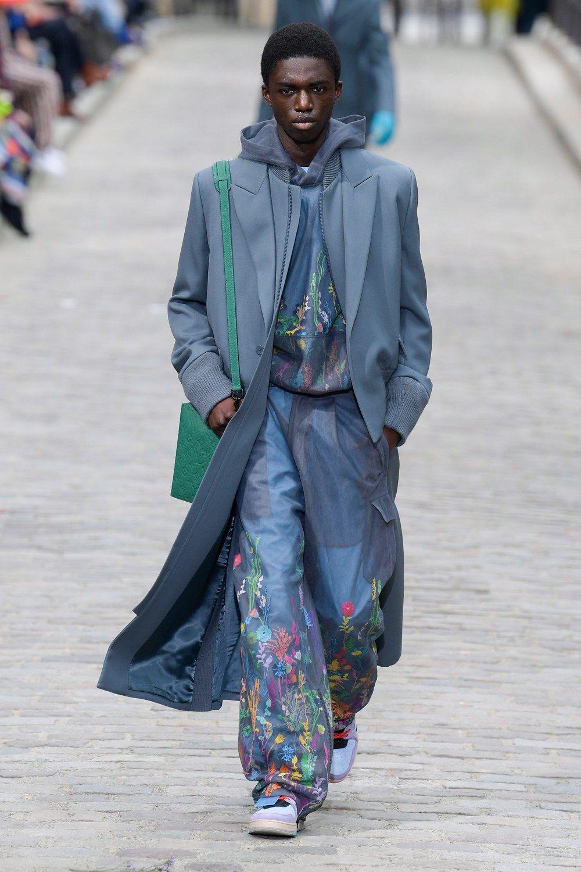 https___hypebeast.com_image_2019_06_louis-vuitton-men-spring-summer-2020-paris-fashion-week-runway-show-36.jpg