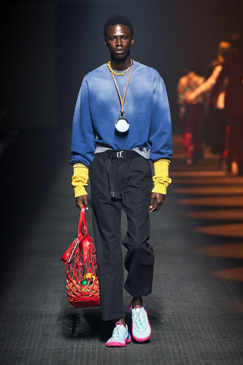 https___hypebeast.com_image_2019_06_kenzo-spring-summer-2020-mens-runway-show-paris-fashion-week-24.jpg