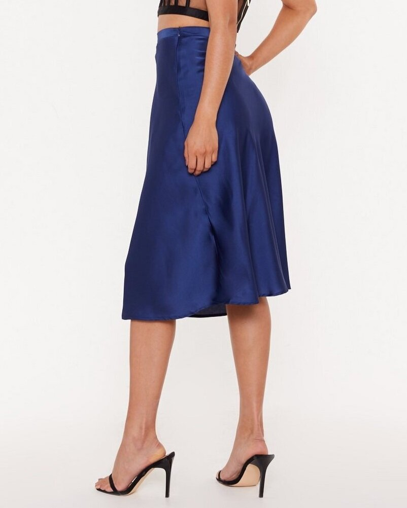Nasty Gal Just My Type Satin Midi Skirt  US$60 (~HK$470)