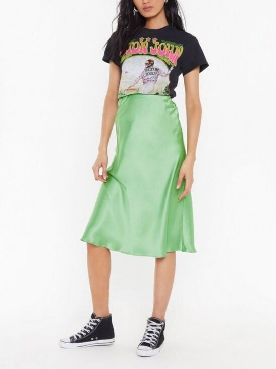 △ Nasty Gal Slipped and Fell Satin Midi Skirt  US$24 (~HK$190)