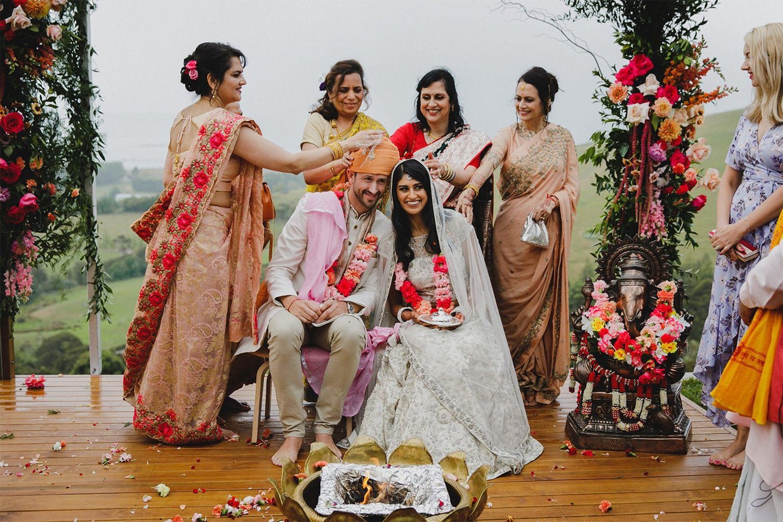 PRIYA-+-JOE--Wedding-Floral_0004s_0000_PRIYA-+-JOE-11.jpg