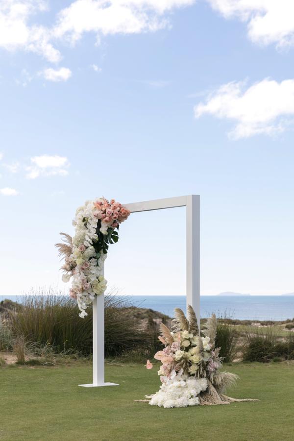©MichelleWeir-Blush-TaraIti-Wedding-039.png