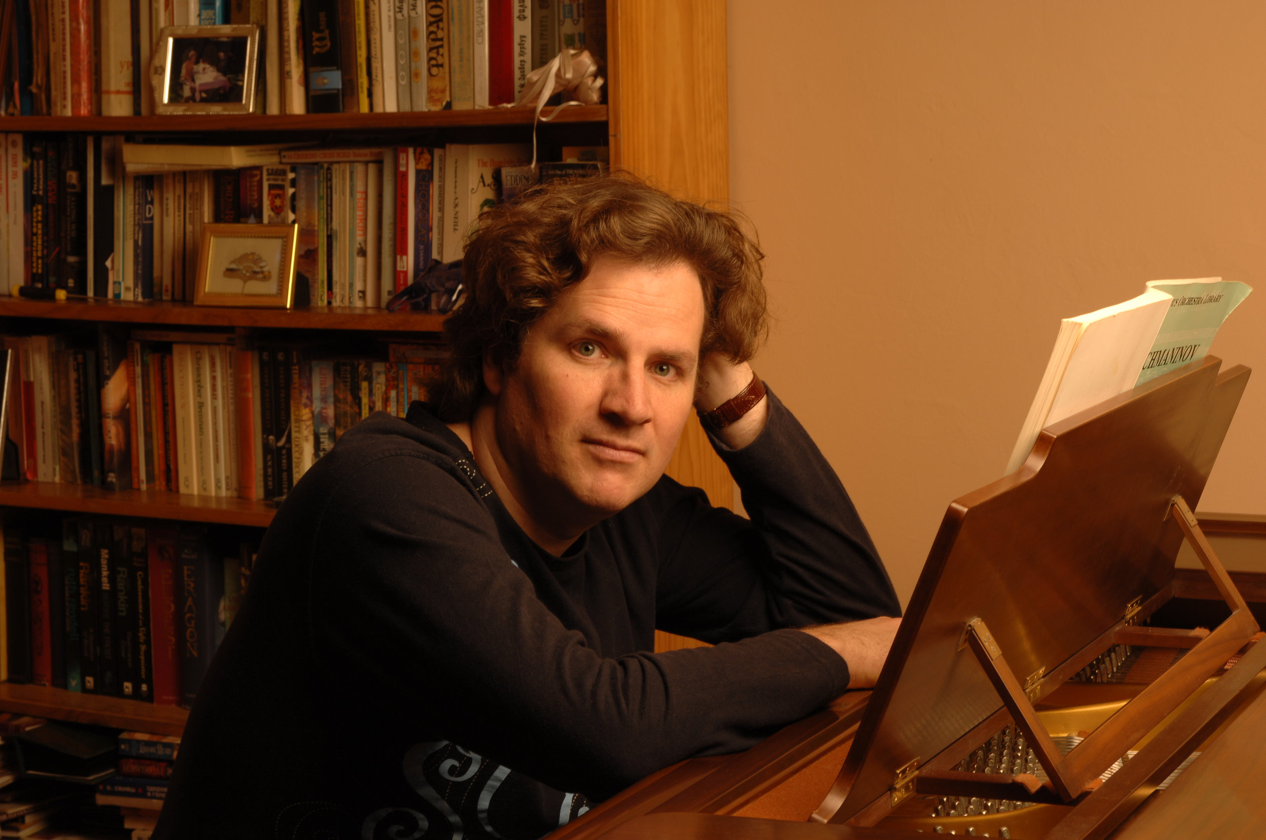 TOM WOODS at piano 3 (239).jpg