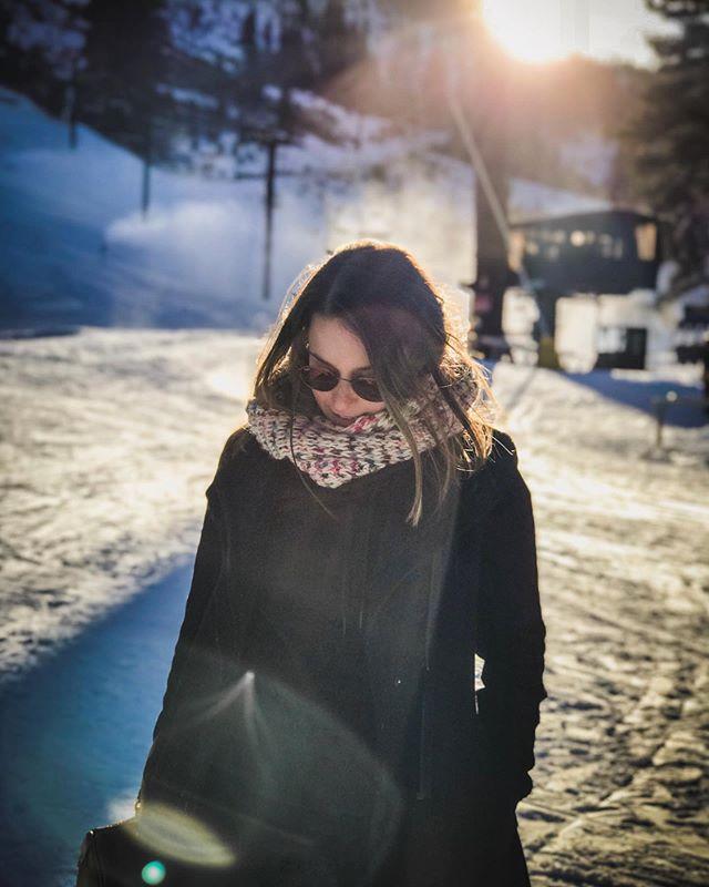 Portrait day 📸 #tbt #laketahoe #squawvalley • • • • • • #californiadream #laketahoeblue #sunset_super_pics #portraitphotography #snowdays #portrait_shot #laketahoecalifornia #californiatrip #roadtripcalifornia #adobe #lightroom #500px #sonyalpha #alphacollective #destinationshoot #californiavibes #pordosollindo #skiiresortcalifornia #sonyimage #sony📷 #portrait_today #portraitshoot #portraitoftheday #worldofportraits