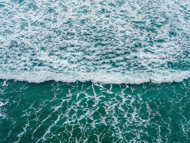 Pacific Colors 🌊 #pacificocean • • • • • • • • • #framedprint #fineartphoto #sangregorio #californiacoast #pacificoceanview #quadrosdecorativos #wallartprints #printart #sanfrancisco #californialife #oceanpacific #thepacificocean #wavesonly #arialphotography #arialphoto #natureart #ideiasdecoracao #wallartprint #walldecor #decorationideas #bcaliartwork #lightroom #adobe #sonyalphacollective #bealpha #sony_shots #oceanopacifico #oceanminded_arts #oceaninspired