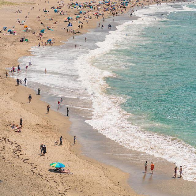 Beach Day in Pacifica, California 🏖☀️🔥 • • • • • • • • #beachlife #beachday #almostsummertime #pacifica #californiadream #bayarealife #pacificastatebeach #heatwaves #beachtime #framedprint #california4fun #pacificabeauty #bayarea #outdoorlife #destination_wow #homedecorideas #interiordesigning #wallartdecor #wallartprint #fineart #fineartphotography #interiordesginer #quadrosparadecoracao #quadrospersonalizados #quadrossecorativos #customframe #homedecorlove #interiorart #artphotos @sonyalpha @manfrottoimaginemore @sonyworldclub @500px @bhphoto